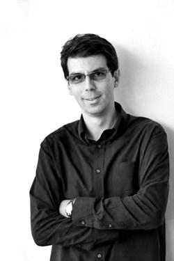 Mihai Zaharia - fotografie de profil