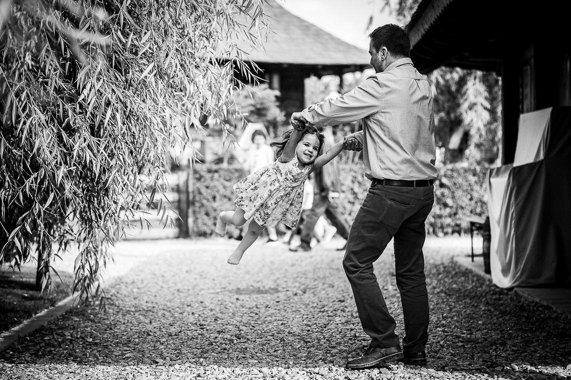 Fotograf botez / Fotograf nunta - Gradina Vlahiia Snagov - Mara + Dodi si Cristi - Bucuresti 095