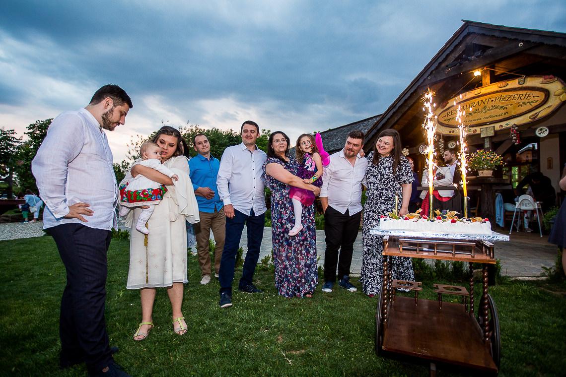 Fotograf botez / Fotograf nunta - Gradina Vlahiia Snagov - Mara + Dodi si Cristi - Bucuresti 112