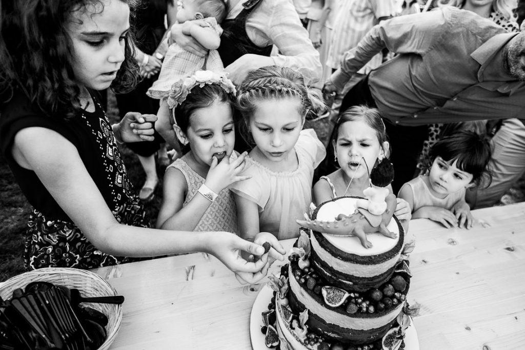 Fotograf botez Corbeanca - Biserica Sfanta Treime, Mosia Corbeanca - Fotografie de Copii by Mihai Zaharia