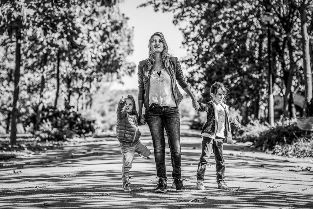 O zi în familie - în parcul dendrologic Chitila - Fotografie de Copii by Mihai Zaharia Photography